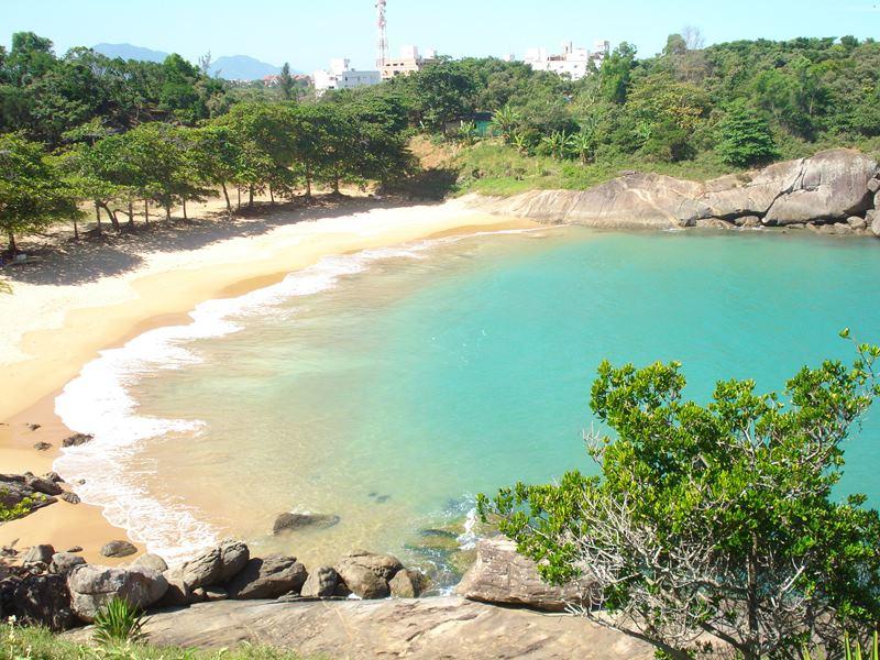 Praia-dos-Padres-Guarapari-1