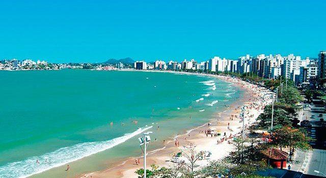 De férias no Espirito Santo? Dicas de praias que você não pode deixar de conhecer!